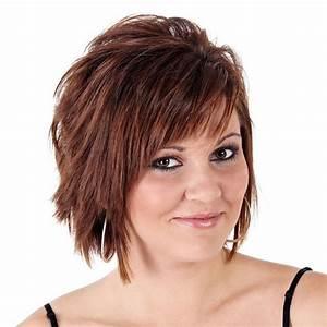 Frisuren Mittellange Haare : frecher brauner bob stufig geschnitten braune kurze und mittellange haare ~ Frokenaadalensverden.com Haus und Dekorationen