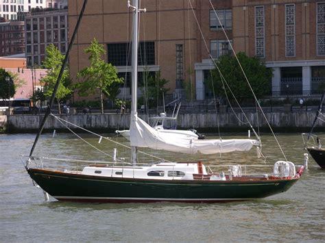 Sailboat Rental Nyc by Luxury Boat Rentals New York Ny Hinckley Cruiser 804