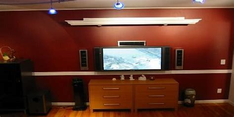 cornice  hide projector screen red house home