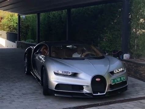 Sekadar informasi, bugatti chiron baru saja menyabet gelar mobil tercepat di dunia untuk sebuah mobil produksi. El flamante Bugatti Chiron de Cristiano Ronaldo - HMS - Horas minutos y segundos