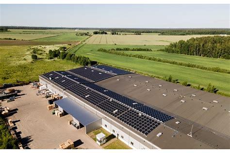 Uzstādīts lielākais saules paneļu parks Latvijā
