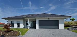 Fertighaus Bungalow Modern : bungalow mit integrierter doppelgarage ~ Sanjose-hotels-ca.com Haus und Dekorationen