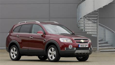 Chevrolet Captiva Backgrounds by 1 Chevrolet Captiva Hd Wallpapers Backgrounds