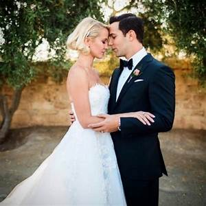 anna camp wedding anna camp on her favorite moment from With anna camp wedding dress