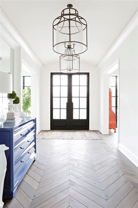 Living Room Entryway Design by 7 Designer Decorating Ideas To For Your Entryway