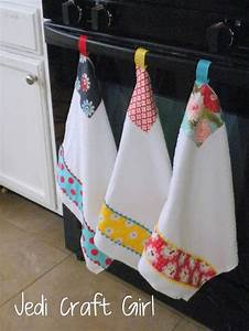 i made these kitchen towels to go in my newly updated