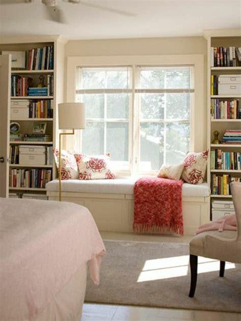 Window Sill Chair by 43 Ideen F 252 R Behagliche Sitzecke Auf Der Fensterbank