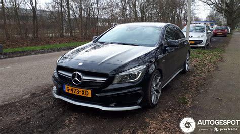 Leuk dat je nieuwe gear hebt man! Mercedes-AMG CLA 45 Shooting Brake X117 - 21 February 2020 ...