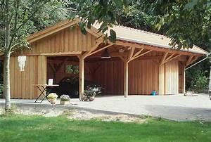 Fachwerkhaus Bauen Kosten : eine garage mit ger teschuppen im alten baustil die remise bietet ausreichend platz f r ~ Frokenaadalensverden.com Haus und Dekorationen