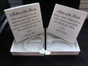wedding gifts for parents 25 best ideas about parent wedding gifts on wedding gifts for parents parents