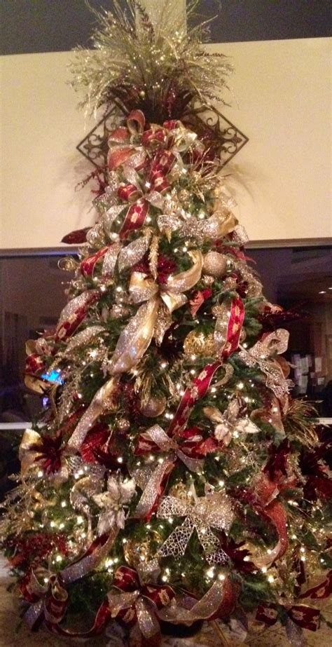 maroon christmas decorations silver gold and burgundy tree holidays tree gold
