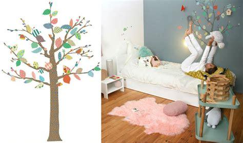 arbre déco chambre bébé decoration chambre bebe accessoires enfant deco chambre