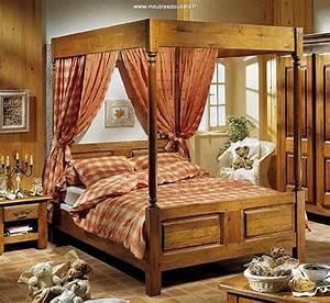 Lit En Bois Massif : bois de lit baldaquin en bois massif antiquaire ~ Teatrodelosmanantiales.com Idées de Décoration