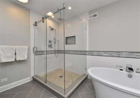 Bathroom Renovation' Layout Ideas