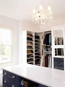 Offener Kleiderschrank Selber Bauen : luxus begehbarer kleiderschrank bedarf oder verw hnung ~ Markanthonyermac.com Haus und Dekorationen