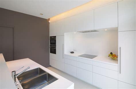 agencement d une cuisine agencement et décoration d 39 une maison contemporaine