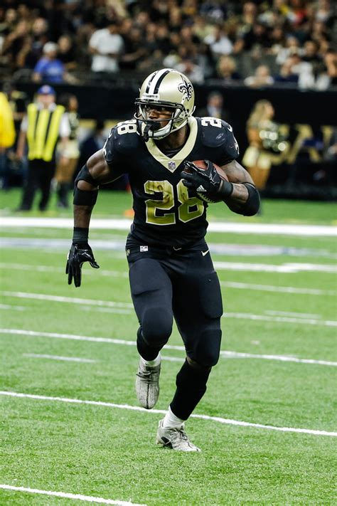 saints wont trade  release adrian peterson