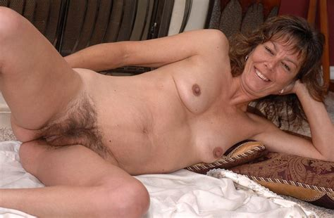 Mom Has A Hairy Pussy Hd00018