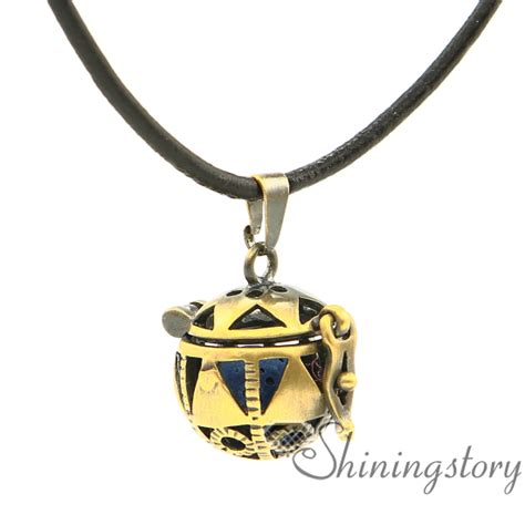 Oil Necklace Images