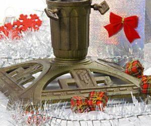 Weihnachtsbaum Wasser Geben : weihnachtsbaumst nder weihnachtsbaum online ~ Bigdaddyawards.com Haus und Dekorationen