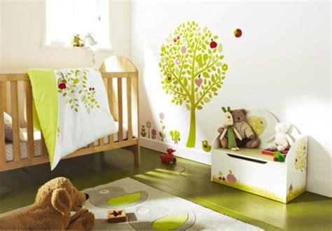 decorer chambre enfant 16 stickers muraux pour bien d 233 corer la chambre de b 233 b 233