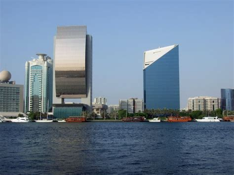 bureau emirates panoramio photo of 阿联酋国家银行总部 emirates nbd office
