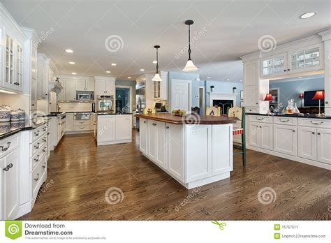 Kitchen With Wood Top Island Stock Image   Image: 15757511