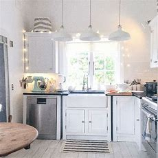 1000+ Ideas About Beach Cottage Kitchens On Pinterest