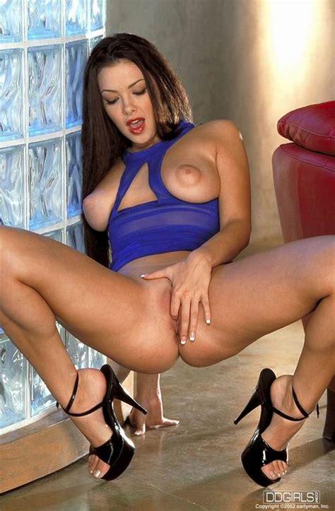 Porn613 Adult Image Gallery Nancy Ajram Aka Natalia Cruse