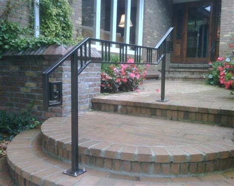 Our quality balcony products are a charming addition to your building's exterior design. Coast Iron Works GalleryCoast Iron Works