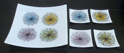 Handmade Floral Bursts- Fused Glass Plate Set by Glass