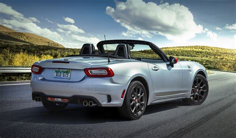 2019 Fiat 124 Spider Isn't The Facelift We Were Expecting
