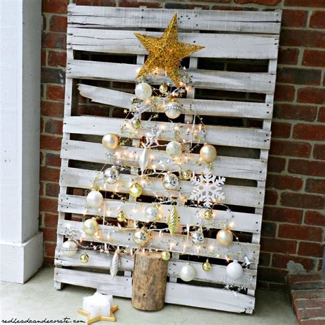 easy diy inspiring diy wood pallet projects balancing beauty and bedlam