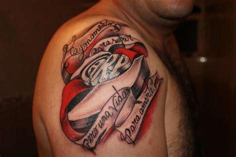 Tatuaje de River Goal com