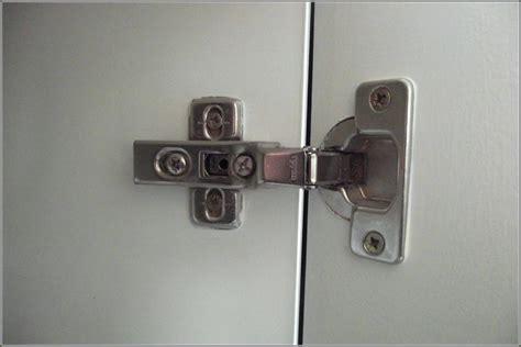 kitchen cabinet door closers cupboard door soft closers mariaalcocer 5266