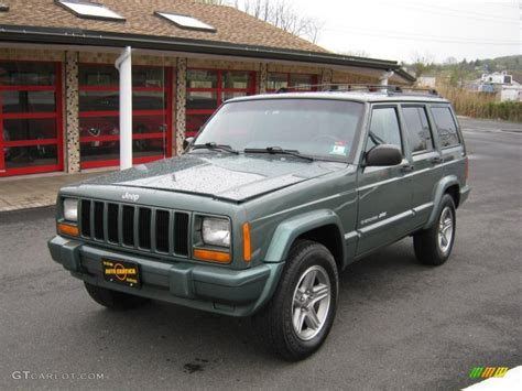 old white jeep cherokee 2000 medium fern green metallic jeep cherokee classic 4x4