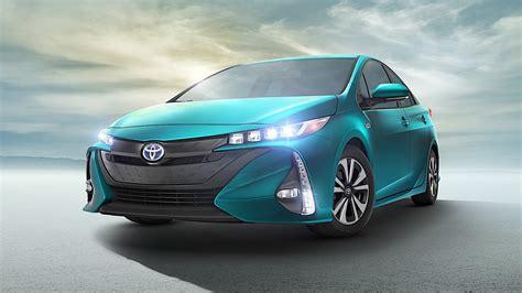 Toyota Prius Prime Specs & Photos