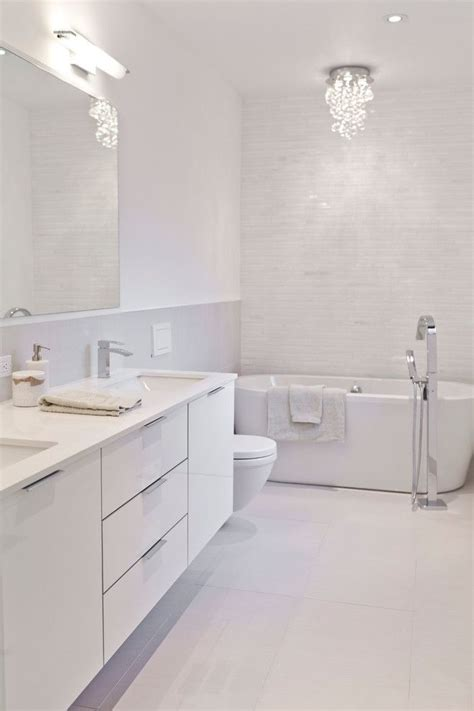 Bathroom Ideas Small White by 15 Beautiful Small White Bathroom Remodel Ideas Small