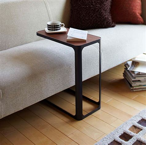 store frame side table
