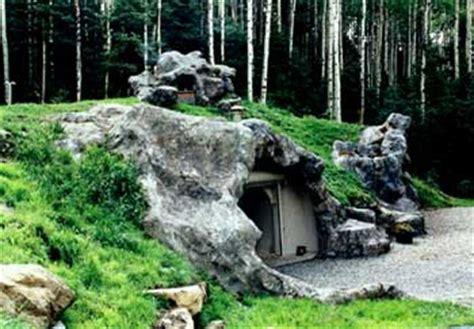 indestructible house neatorama