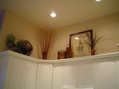 above kitchen cabinet ideas above kitchen cabinet decorating ideas best home
