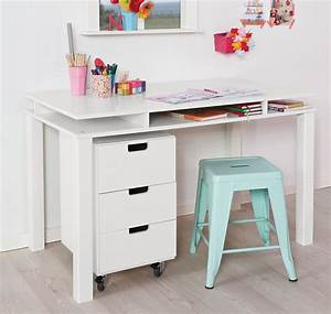 Schreibtisch Höhenverstellbar Weiß : farbiger kinder schreibtisch mit 3 ablagef chern kids town ~ Markanthonyermac.com Haus und Dekorationen