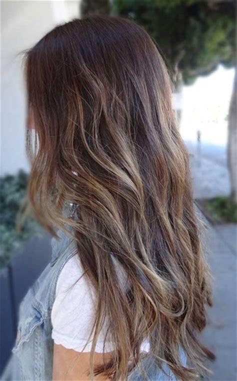 braune haare mit blonden strähnen bilder lowlights braune haare