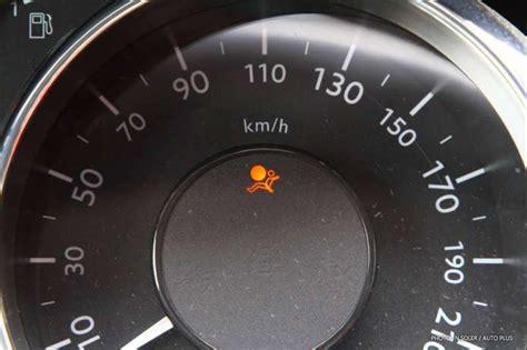 logiciel pour effacer voyant airbag voyant airbag allume comment le reparer