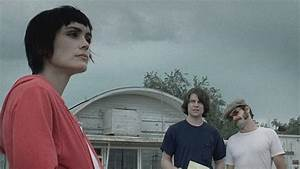 Reeling: the Movie Review Show's review of Wristcutters: A ...