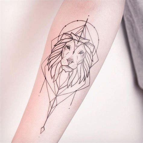 tatouage femme lion mandala  idees tatouages femme les