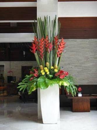resultado de imagem  hotel lobby flower decorating