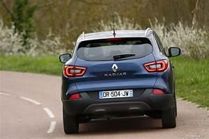 Renault Kadjar Black Edition : renault kadjar black edition nouvelle s rie sp ciale du suv renault photo 2 l 39 argus ~ Gottalentnigeria.com Avis de Voitures