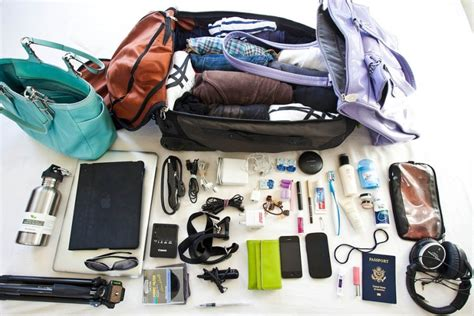 packing light for travel how to pack less and travel light doilookstupid