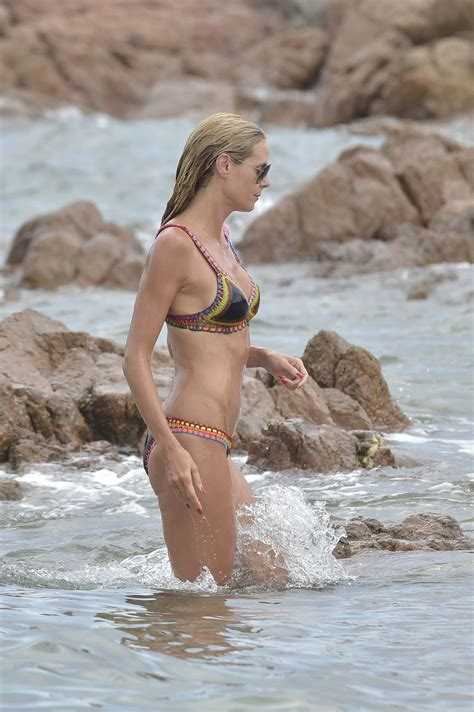 Heidi Klum In Bikini At A Beach In Italy Gotceleb